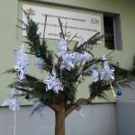 арт дърво и коледна елха