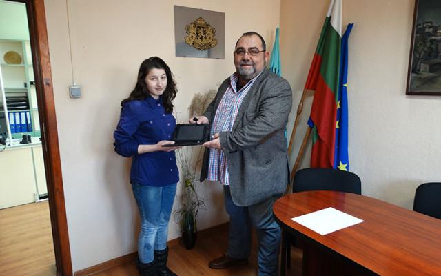 Поощрителна награда за Надежда Тодорова