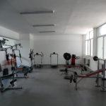 училищен фитнес